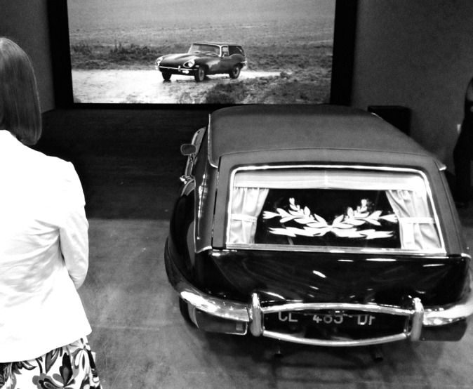 "Francois Curlet, video installation ""Speed Limit"" 2013"