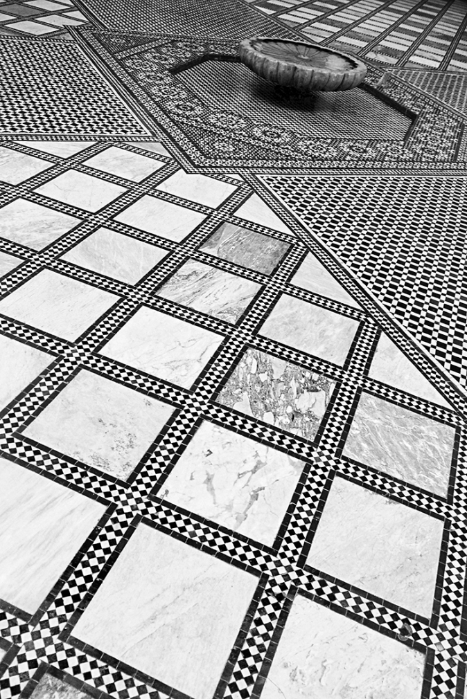 Fountain Floor Marrakech 2015 © Jan Oberg